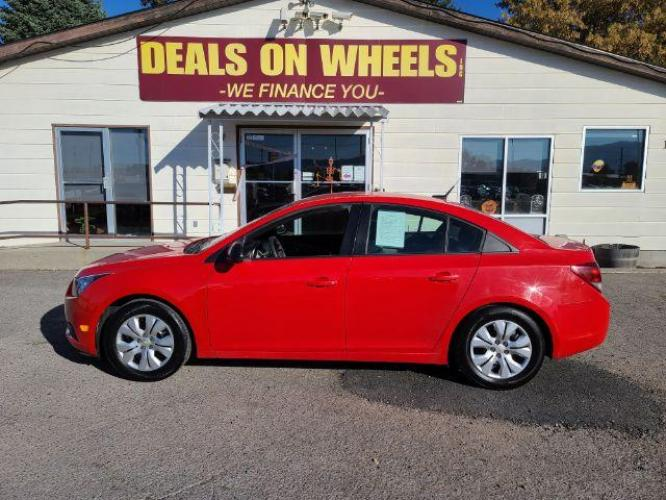 2014 Chevrolet Cruze LS Auto (1G1PA5SH8E7) with an 1.8L L4 DOHC 16V FFV engine, 6-Speed Automatic transmission, located at 1821 N Montana Ave, Helena, MT, 59601, (406) 543-1986, 46.603153, -112.020531 - Photo #0